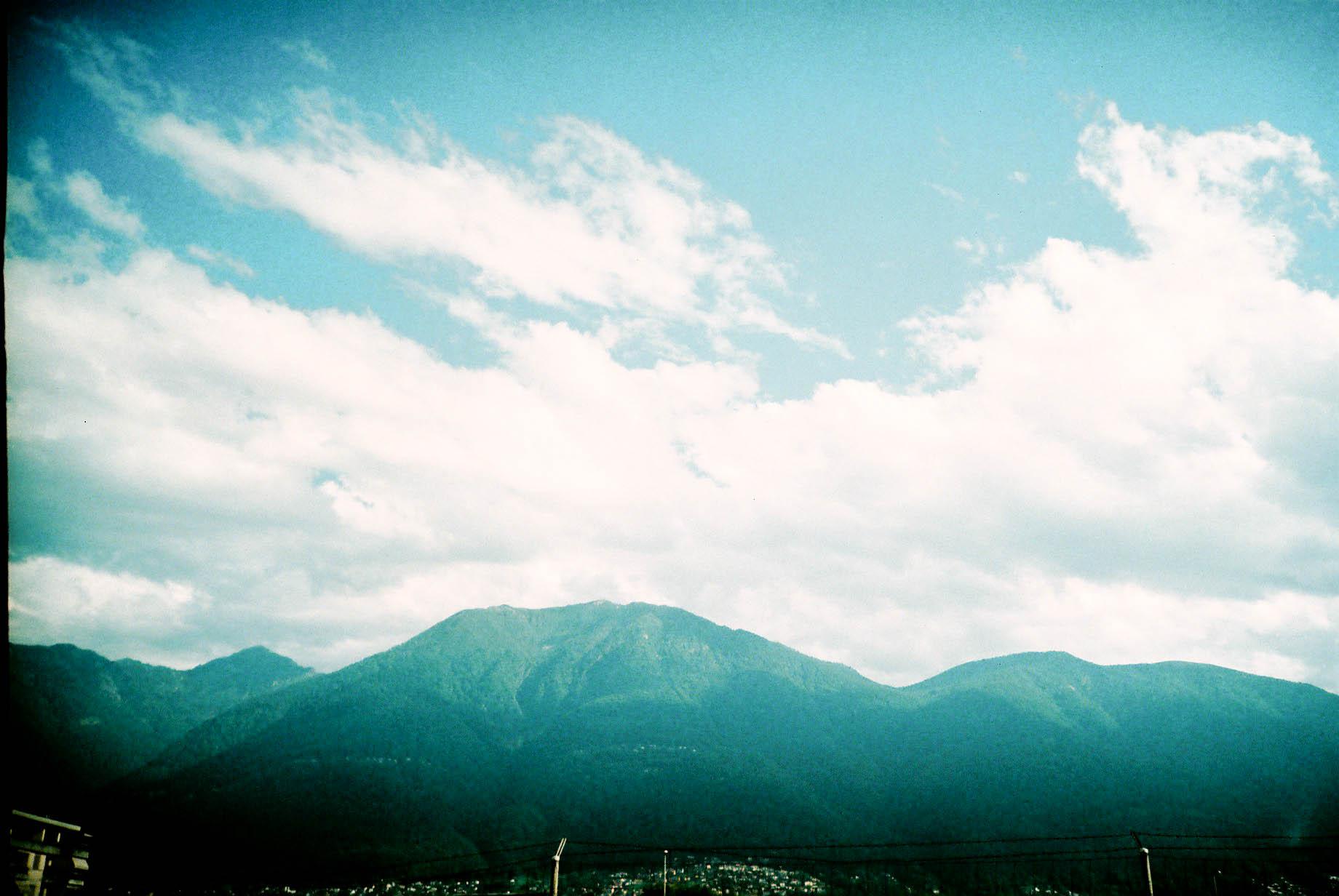 http://lafilladelfotografu.irenavisa.com/files/gimgs/59_muntanya-cel.jpg